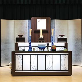 15名様までの家族葬 祭壇一例(例:函南葬祭会館)